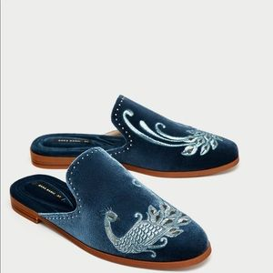 Embroidered Zara velvet loafers / mules